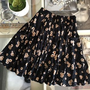 Brandy Melville Sunflower Skirt